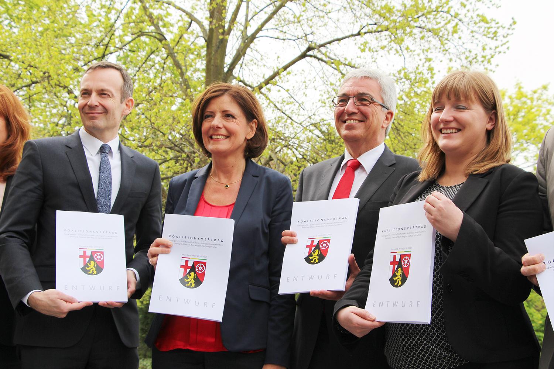Koalitionsvertrag für Ampel vorgestellt