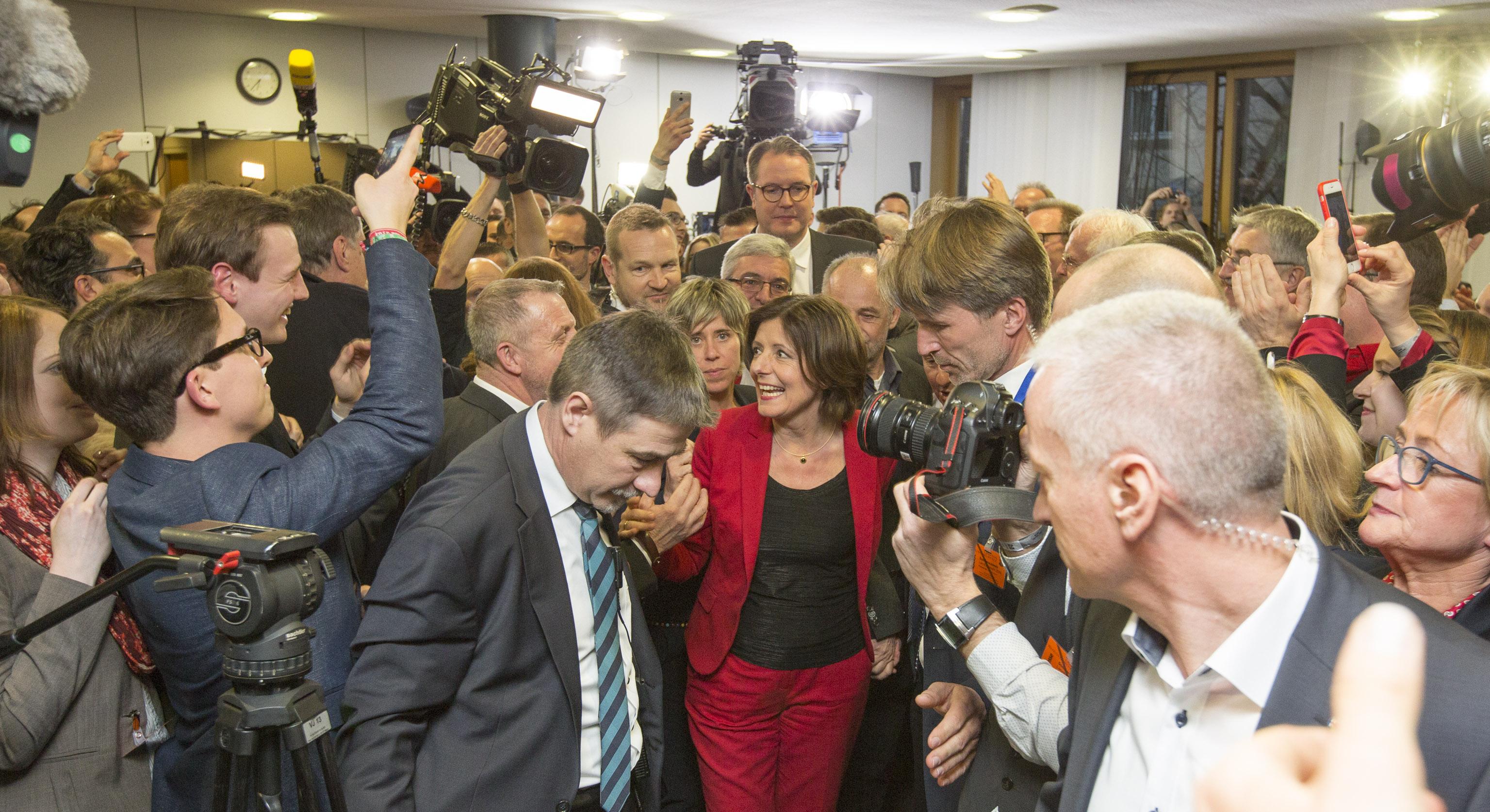 SPD-Wahlsieg feiert Geburtstag